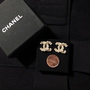 CHANEL CC Pearls & Crystal Earrings